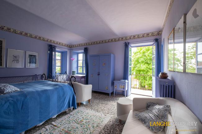 Beautiful Piedmont bed and breakfast for sale-9