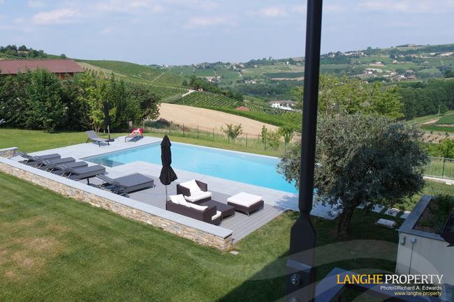 Luxury Monferrato villa-2