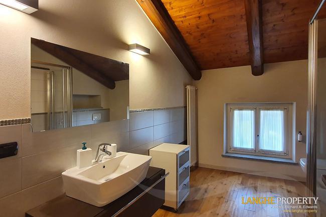 Luxury Monferrato villa-5