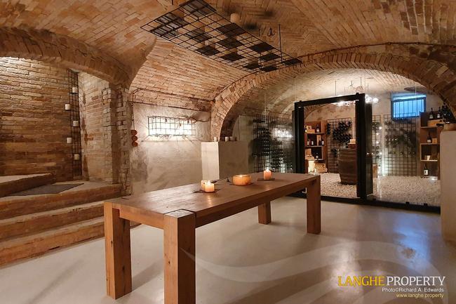 Luxury Monferrato villa-15