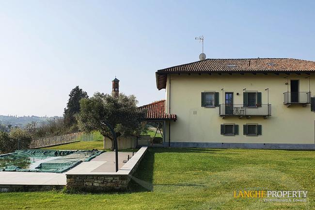 Luxury Monferrato villa-16