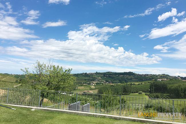 Luxury Monferrato villa-17