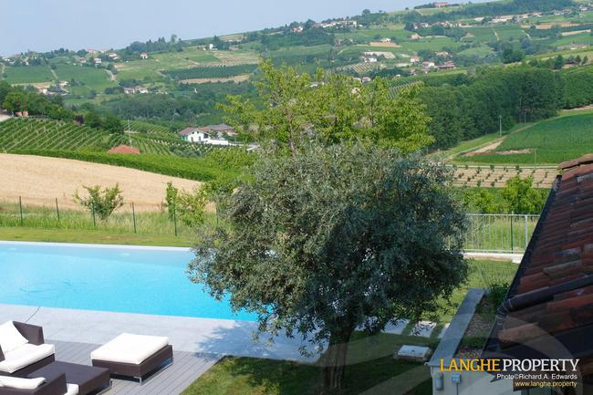 Luxury Monferrato villa-18