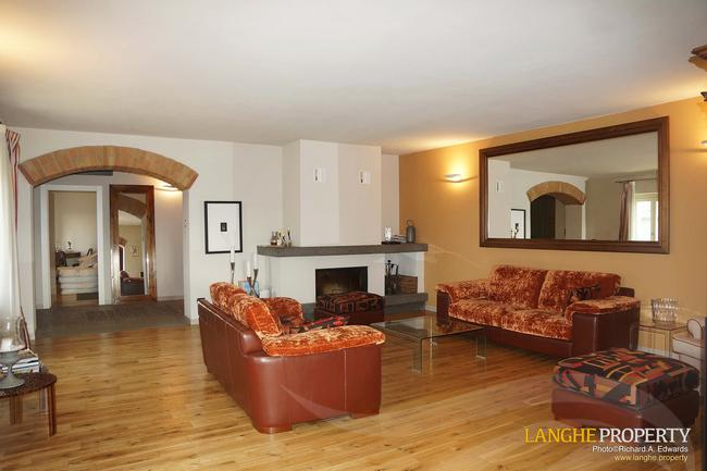 Luxury Monferrato villa-19