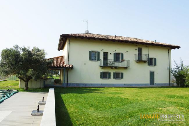 Luxury Monferrato villa-28
