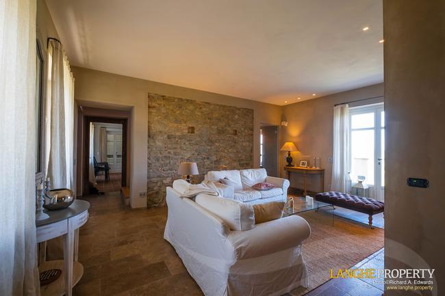 Luxury home in Barolo area-7