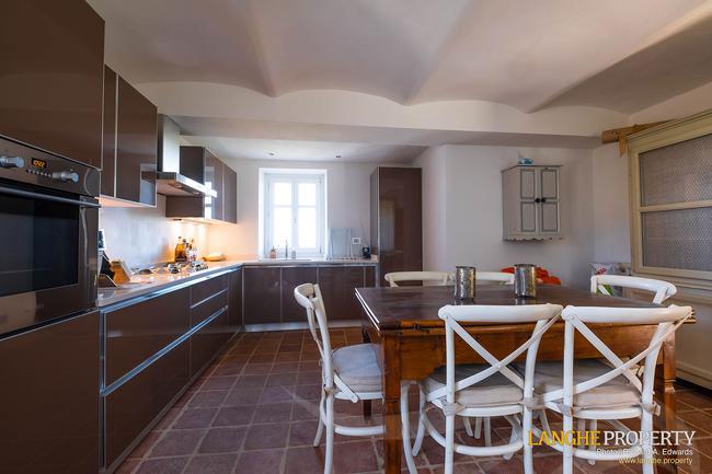 Luxury home in Barolo area-12