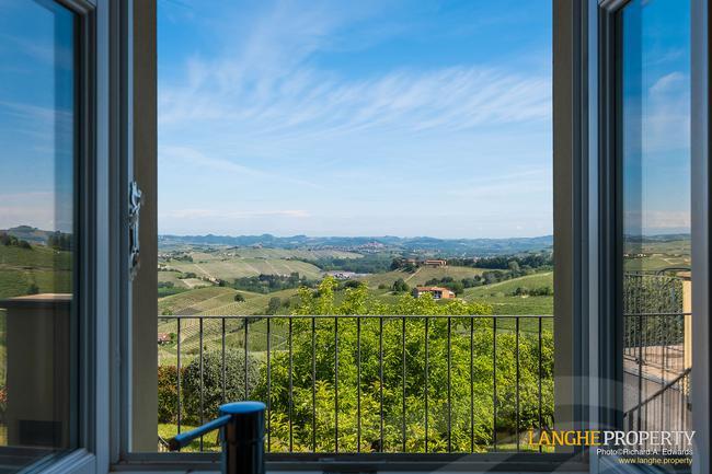 Luxury home in Barolo area-13