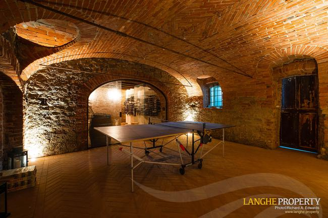 Luxury home in Barolo area-27