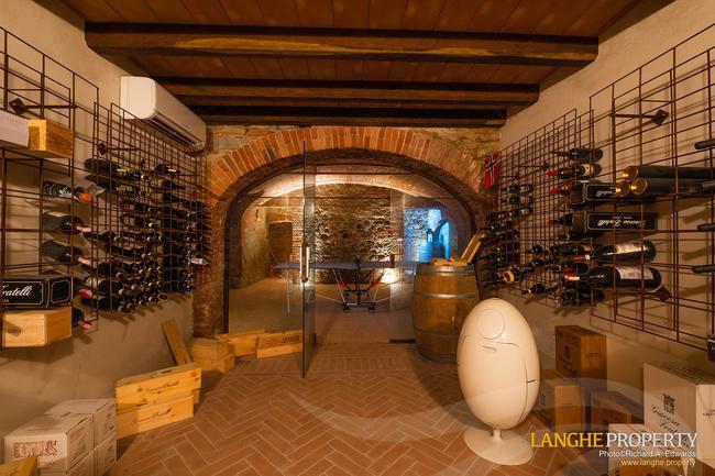 Luxury home in Barolo area-28