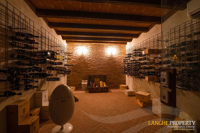 Luxury home in Barolo area-29
