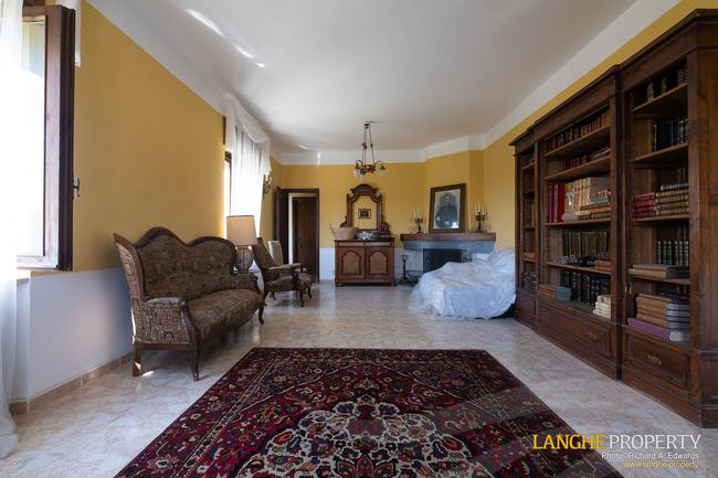 Country house with guest accommodation-4