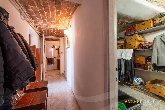 Asti farmhouse with guest apartment-17
