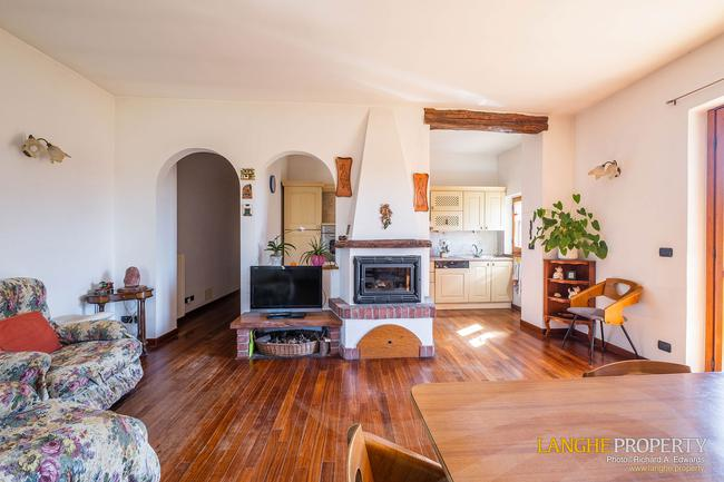 Asti farmhouse with guest apartment-26