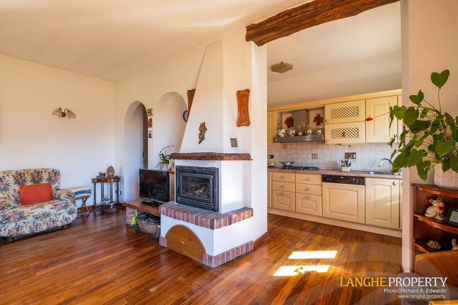 Asti farmhouse with guest apartment-27