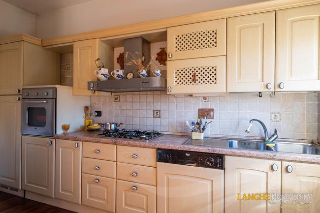 Asti farmhouse with guest apartment-28
