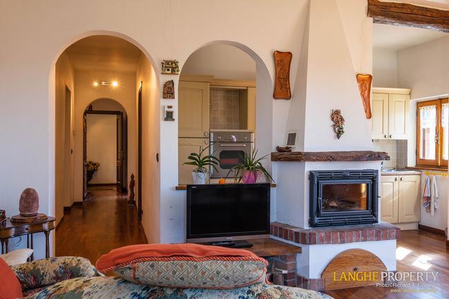 Asti farmhouse with guest apartment-29