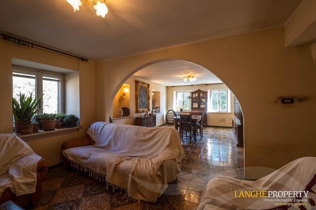 Asti farmhouse with guest apartment-35