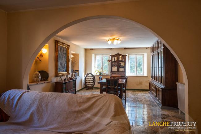 Asti farmhouse with guest apartment-36
