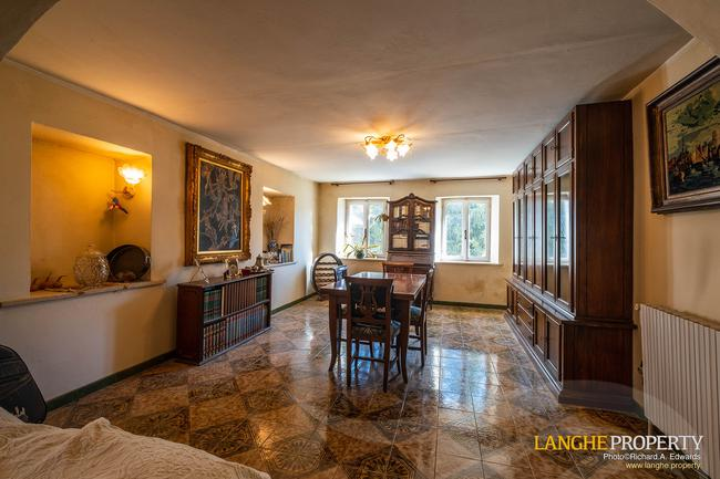 Asti farmhouse with guest apartment-37