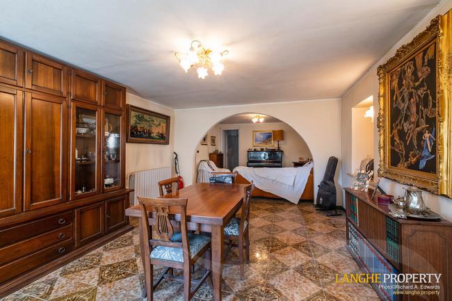 Asti farmhouse with guest apartment-38