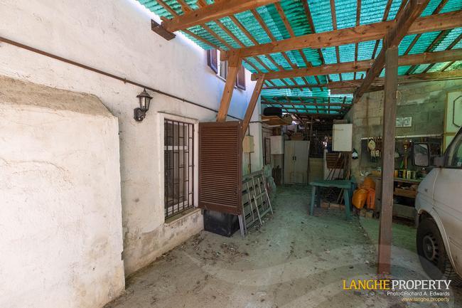 Asti farmhouse with guest apartment-50