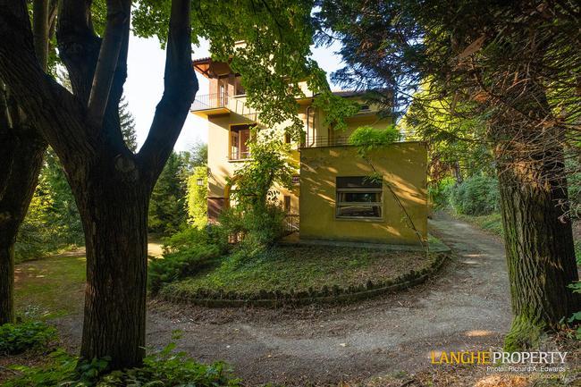 Prestigious Piedmont villa-3