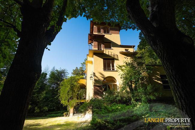 Prestigious Piedmont villa-4