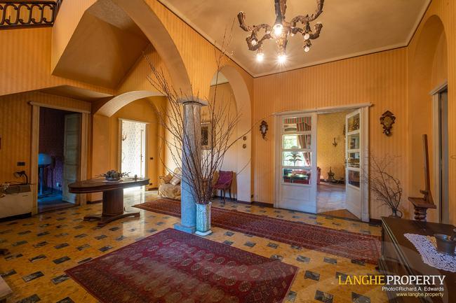 Prestigious Piedmont villa-8