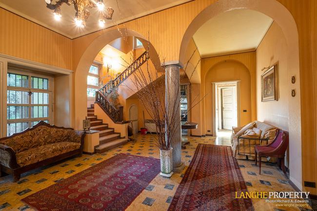 Prestigious Piedmont villa-10