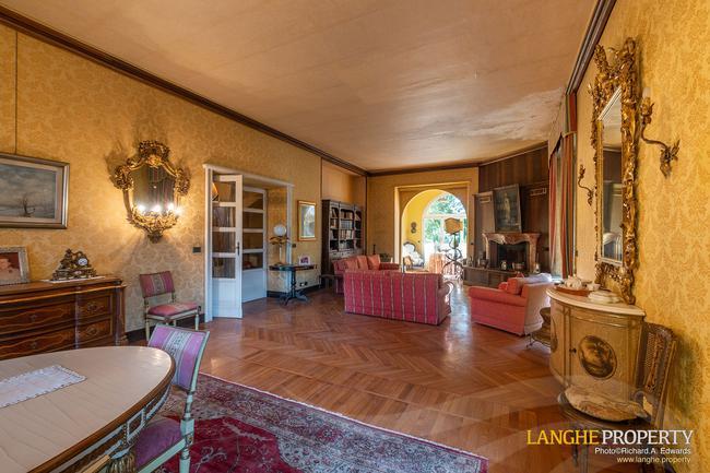 Prestigious Piedmont villa-12