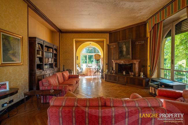 Prestigious Piedmont villa-13