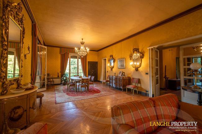 Prestigious Piedmont villa-16