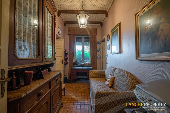Prestigious Piedmont villa-17