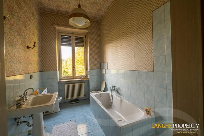 Prestigious Piedmont villa-25