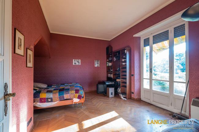 Prestigious Piedmont villa-26