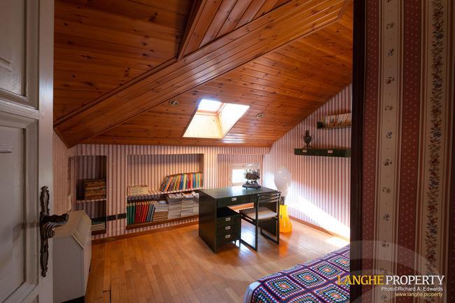 Prestigious Piedmont villa-33