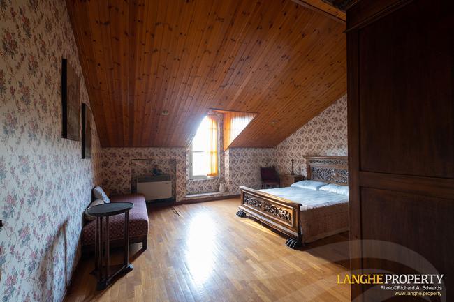 Prestigious Piedmont villa-36