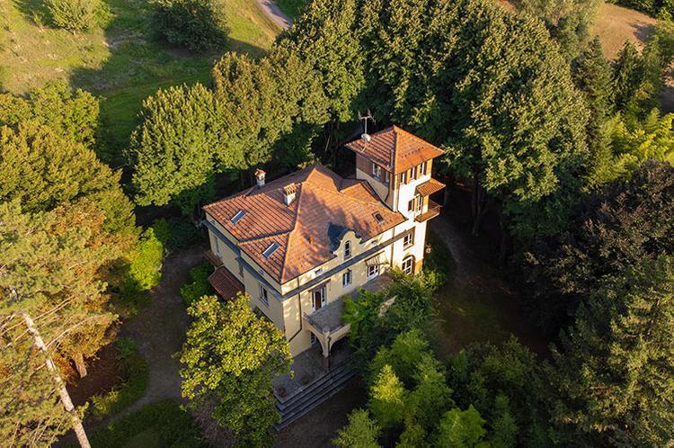 Prestigious villa from the early 1900s
