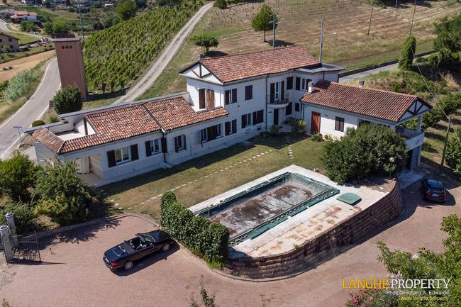 Monferrato villa in beautiful location-2
