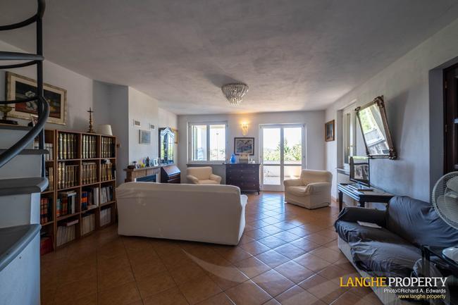 Monferrato villa in beautiful location-9