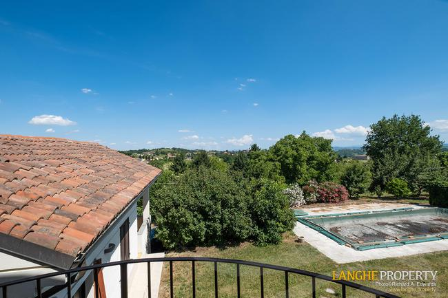 Monferrato villa in beautiful location-15