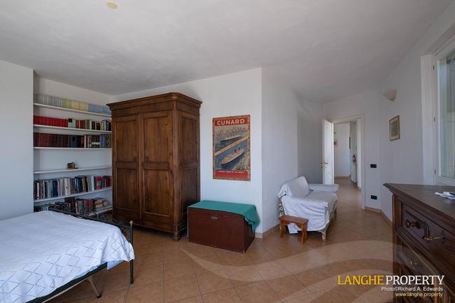 Monferrato villa in beautiful location-20