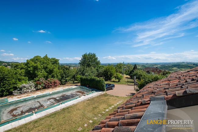 Monferrato villa in beautiful location-23