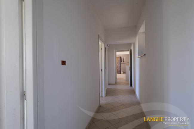 Monferrato villa in beautiful location-28
