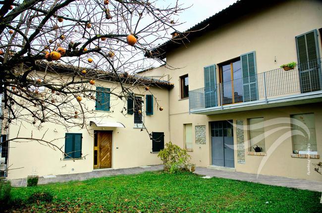 Two-family Langhe farmhouse-26