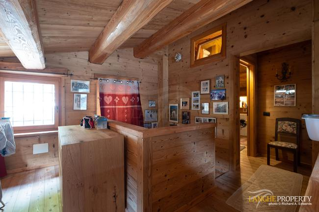 Ski house in beautiful location-19