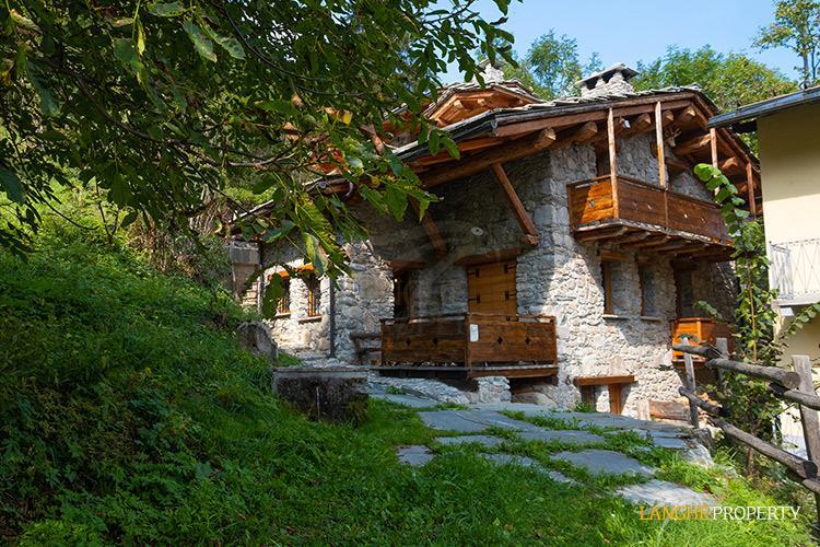 Ski house in beautiful location