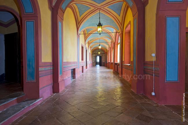 Luxury villa in beautiful position-4