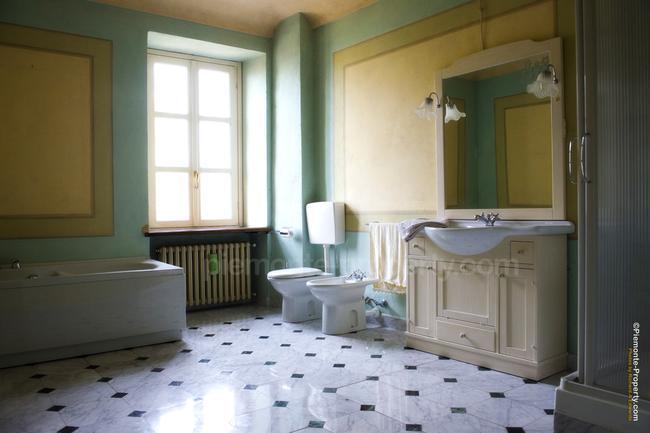 Luxury villa in beautiful position-19